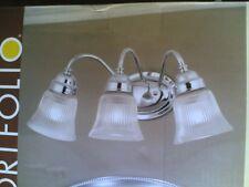 "NIB Nice Bathroom 19"" Polished Chrome 3-Lite VANITY LIGHT w/ Clear Glass Shades"