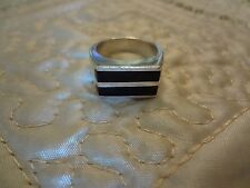 Mexico Ring-Size-8-925- Vintage Sterling Silver
