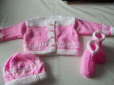 ensemble tricot fait main bébé-GILET- BONNET ET CHAUSSONS-3 MOIS