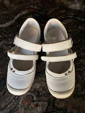 European Girls White leather Mary Jane Shoes Size 10.5/ Size 28