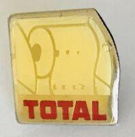 Toilet Paper Total Petrol Advertising Pin Badge Vintage (C13)