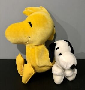 Vintage Peanuts Snoopy Plush Toy 1968 Syndicate Inc. Made in Korea and Woodstock