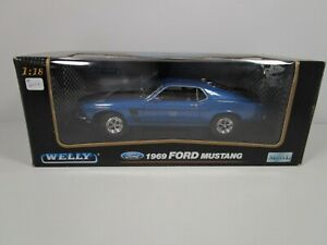 WELLY 1/18 BLUE 1969 FORD MUSTANG FASTBACK NEW IN BOX *READ* HTF COLOR