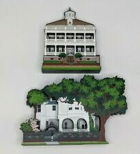 Shelia's Collectibles Houses : 32 South Battery & Two Meeting St Inn Charleston