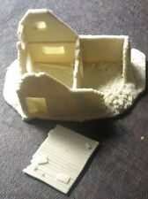 SHQ WWB04 1/76 Resin WWII Western European Ardennes House-Two Room Ruin