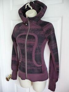 Lululemon Scuba Jacket Hoodies 2 Maroon Black Geometric LOGO HOOD Thumbholes