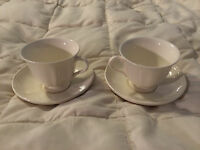 VINTAGE ENGLAND WEDGWOOD ETRURIA CREAM FINE CHINA TEA CUPS & SAUCER PLATES LOT