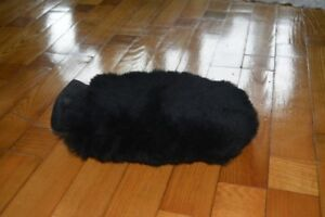 Genuine  sheepskin polishing mitt black  car wash lambswool