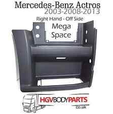 Mercedes Actros MegaSpace Lower Step Panel RH