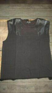 Johnny-T-Shirt,épaules simili cuir noir-Taille 4-Neuf-Produit officiel-Collector