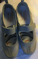 Copper Fit Limitless~Mary Jane Shoes Grey, Mesh Strap, Support, Cushion-Size 6.5