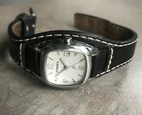 Fossil Women's Watch Silver Tone Case And Black Leather Strap Bin P