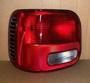 NOS 1997-2003 Dodge Ram Van Tail Light 4882685 Dodge 4882685