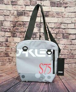 NWT OAKLEY SLING BAG STAPLE BUBBLE SHOULDER BAG ZIP 921549-26B