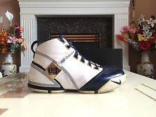 Nike Zoom Lebron V 5 White/Midnight Navy Size 10