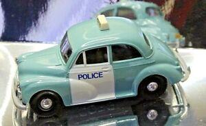 Corgi Classic Cars Collectors C703/1 Morris Minor Police Panda Car  (1)