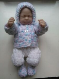 knitted dolls clothes outfit to fit 10/11 inch reborn doll or similar.