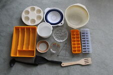 KITCHEN:  IDEAL STARTERS KIT - MIXED BOX OF KITCHEN ITEMS GREAT CONDITION -USED