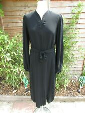 Beautiful 1940s black crepe dress with pleat & button detail, size 14, Twinwood