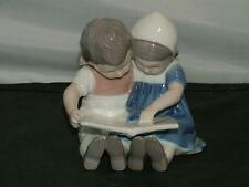 B&G Bing & Grondahl Figurine BOY AND GIRL READING BOOK - STORYTIME #1567 MINT!
