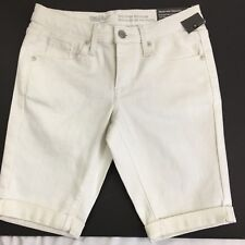 13L1 Mossimo Supply White Denim Shorts Style Fit 6 NWOT