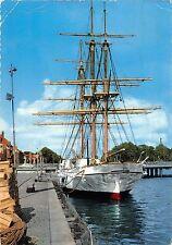 B98764 halmstad najaden skolskepp sweden  ship bateaux