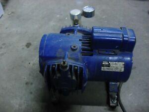 Thomas Pressure Compressor Vacuum Pump ?  2917AE / F18  727 115V 2.3A  works