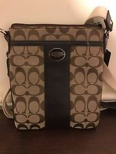 Coach Signature Swingpack Crossbody - Khaki Brown