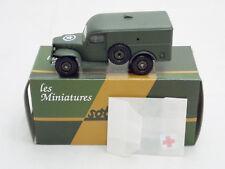 Miniature Métal Tank SOLIDO Camionnette DODGE WC 54 Medical Ambulance