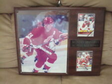Brendan Shanahan AUTOGRAPH Detroit Red Wings 8x10 PHOTO SIGNED W/PLAQUE & CARDS