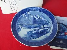 2007 ROYAL COPENHAGEN CHRISTMAS  PLATE HARBOUR NYBORG BIT DAMAGE BOX