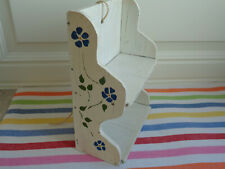 VTG Curio Wall Shelf Rack Tiny Cottage White Shabby Display Handpainted