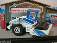 2011 MATCHBOX Construction ROAD ROLLER∞Blue/White☆New loose