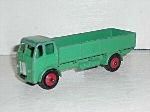 Dinky Toys 420 Leyland Beaver drop side truck green