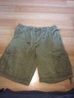 Old Navy Mens Khaki Cargo Shorts Size 32