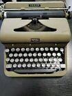 Vintage+Typewriter-+Royal+Arrow+Model+Green+No+case+-+RK+554