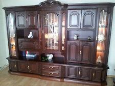 Möbel im Antik-Stil aus Mahagoni fürs Wohnzimmer