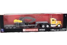 NEW RAY KENWORTH W900 LOWBOY 1/43 W/ EXCAVATOR 1/58 DIECAST