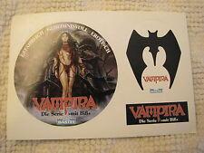 Vampira Die Serie mit Biss, Stickerbeilage