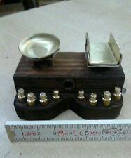Banco bilancia con pesi artigianale miniature pregiate per presepe crib