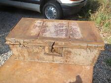 Ancienne malle - Cantine en métal - Malle de voyage en fer cle serrure