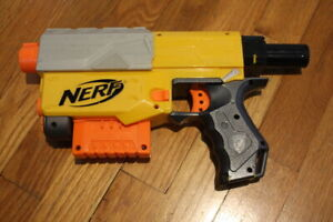Nerf Recon CS-6 Blaster N-Strike With Clip and 6 Ammo