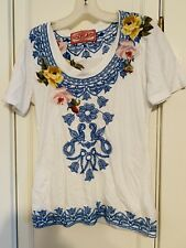 PERFECT SUMMER White EMBROIDERED TEE Top JOHNNY WAS LA  Size S Gently Worn