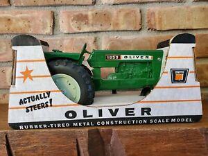 Ertl OLIVER MODEL 1850 Toy Farm Tractor, Original Box