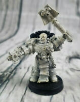 Warhammer 40K Unpainted Space Marine Chaplain with Crozius and Bolt Pistol