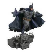 Dc Comics Gallery Batman Statue diamond  select  pre Order