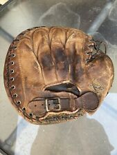 Vintage Buckle Back Ken-Wel Catchers Mitt