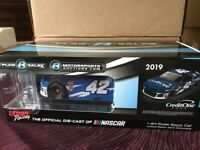 BRAND NEW  2019 * AUTOGRAPHED * KYLE LARSON CREDIT ONE BANK STANDARD FINISH