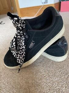 Size UK 4 - PUMA Suede Black