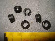 10 passe fil ou câble noir extérieur 7,5 mm intérieur 5 mm (réf PF5)